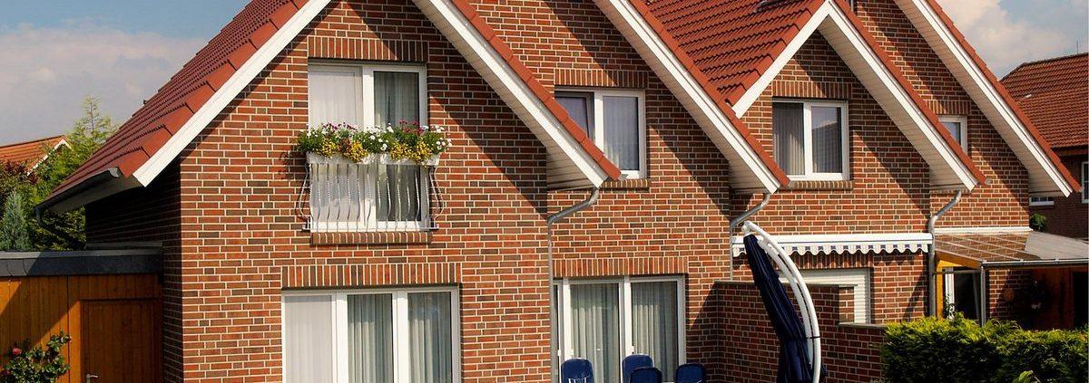 пластиковые окна для кирпичного дома