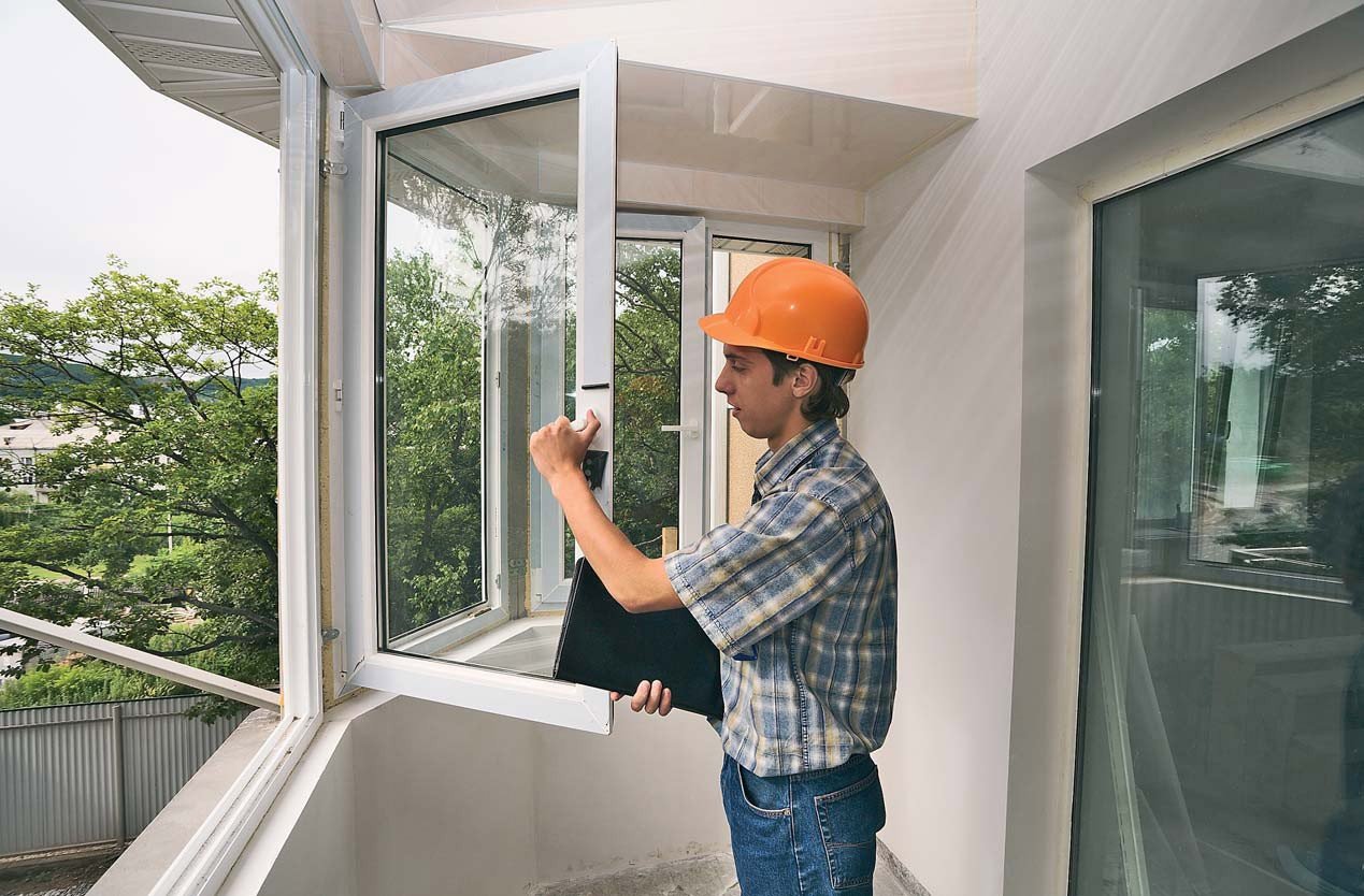 opal window replacement company during work